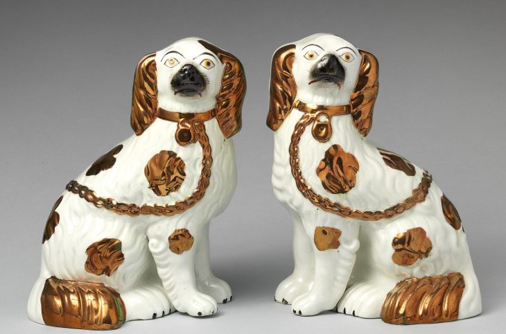 2699px-Pair_of_spaniels_MET_DP-1143-028