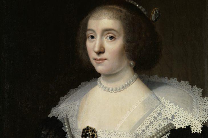 Openen met Amalia van Solms  Kampioen informele macht: Amalia van Solms, echtgenote van Frederik Hendrik, probeerde haar familie te verbinden met de grote vorsten van Europa. Schilderij door Michiel Jansz van Mierevelt, ca 1640 (Haags Historisch Museum)